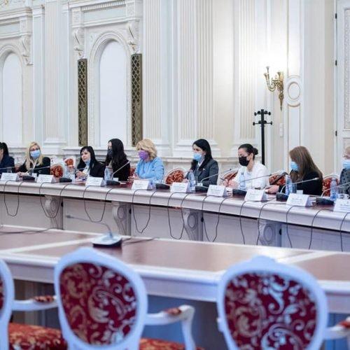 Delegația CONAF - întâlnire cu doamna Anca Dragu și Oana Özmen